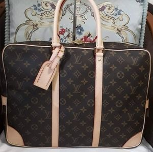 LV DOCUMENT BAG